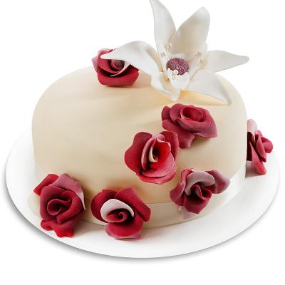 Tort cu Trandafiri Roșii